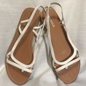 fbb20323e0b48c Soda Retro Strappy Flat White Thong Sandals